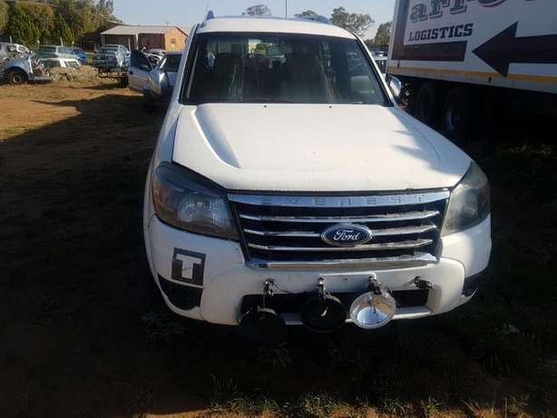2013 Ford Everest Stripping for Spares Bloemfontein - image 1