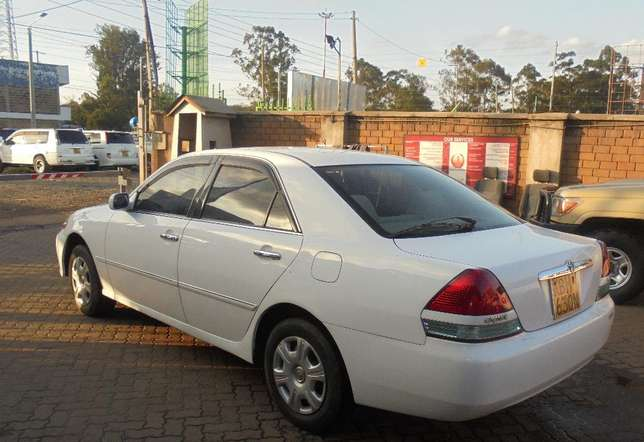 toyota mark 2 clean with extreem neat interior accident free ride Karen - image 3