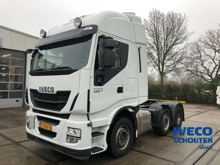 Iveco Stralis AS440S46TX/P 6X2 EURO VI 2013 manual 457.141 km - 2013