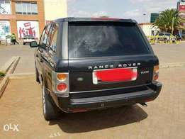 Black Range rover Vogue for sale.