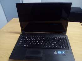 LENOVO i5 250GB Harddrive 4GB Ram Laptop with Graphics card