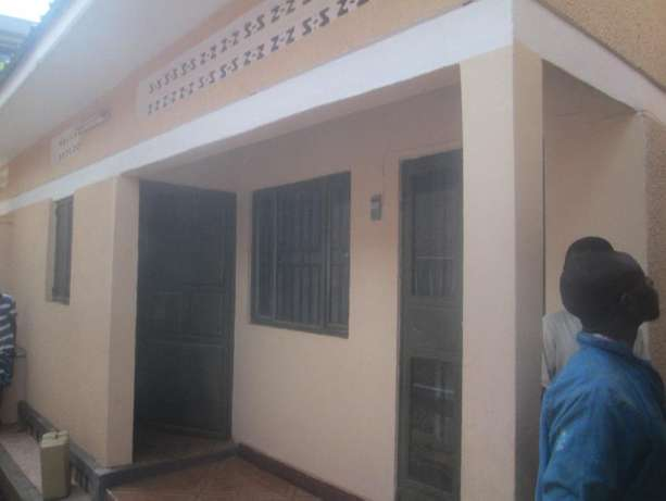 Come ready to enter double in Kisaasi at 350k Kampala - image 2