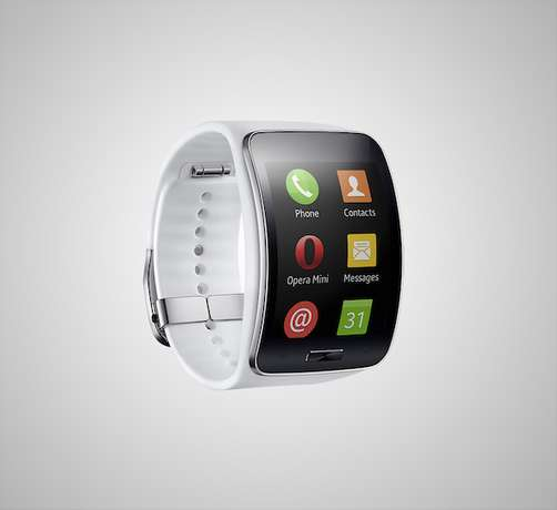 samsung gear s white at 15,000ksh Eldoret North - image 4