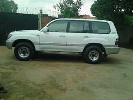 2004 landcruiser amazon on offer Asian owner vx v8 prado.