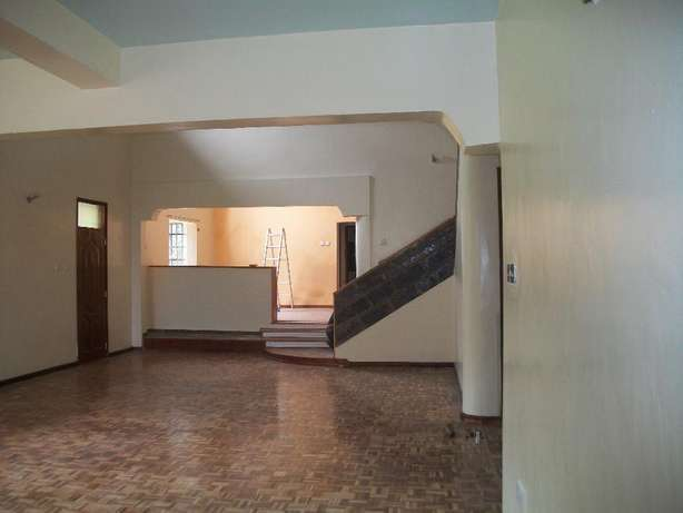 Very spacious 4 bedroom to let at Muthaiga North. Muthaiga - image 4