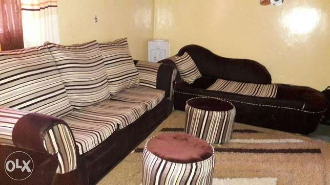 3 seater, sofa bed & 2 footrest. Roysambu - image 1