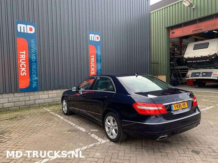 Mercedes-Benz E200 CDI - 2012 - image 4