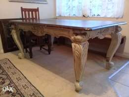 Weaterley's Solid Wood Table