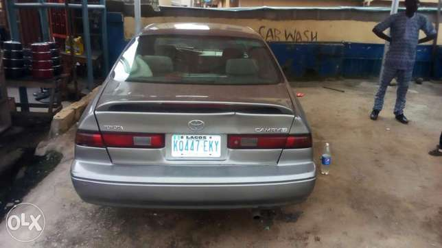 Toyoty camry very clean Buy and drive 1998 Isolo - image 1