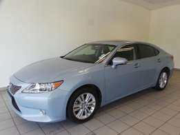 2014 Lexus ES250 - Auto - Well Priced