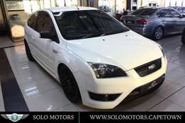 2006 White Ford Focus 2.5 St 3 Dr