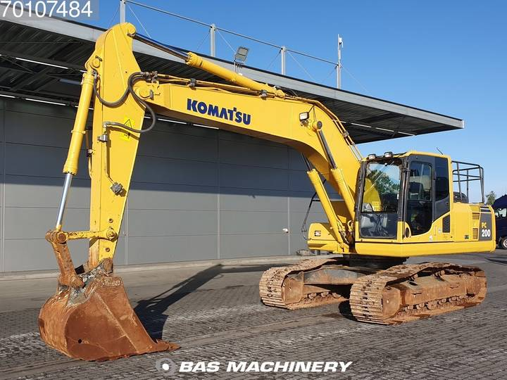Komatsu PC200-8 Nice and clean condition - 2016