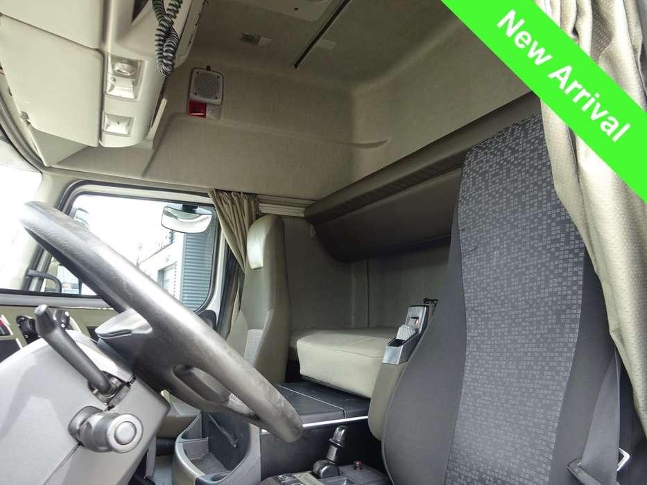 Renault PREMIUM 430 EEV Trucktransporter - 2013 - image 11