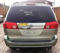 Tokunbo 2007 Toyota Sienna Limited Edition