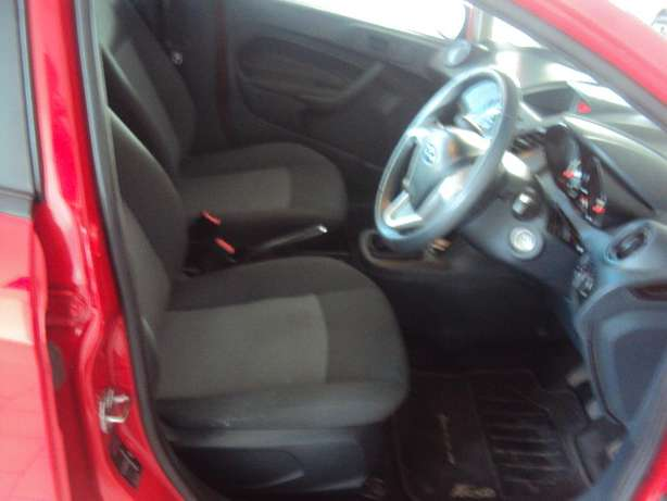 2012 Ford Fiesta 1.6 for sell R105000 Bruma - image 7