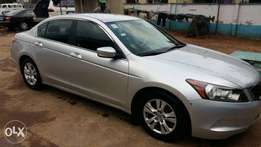 Neatly used 2008 Honda Accord Lx Sedan with 4 cylinder engine.