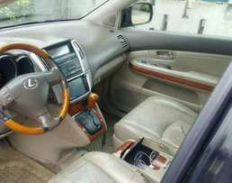 Neatly used Lexus Rx 330 for sale at 2.8 million give away price