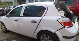 Opel Astra H -1.6 2009 Model stripping for spares Oct Trading