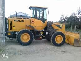 wheel loader for hire 8.000 per hour 60,000 per day