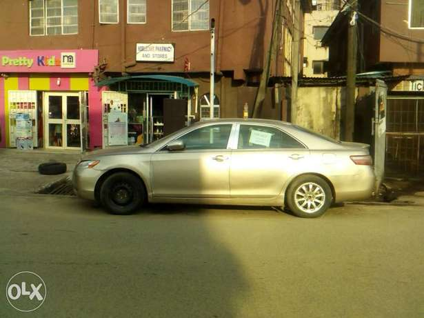 Very clean toyota camry 08 for urgent sales Surulere - image 1