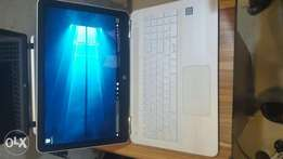 Very Clean sparkling White Hp Pavilion 15. 1TB. Core i5. Touch. Baklit