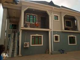 TO LET, 2 bedroom flat wit 3t&b at d back of 360 club,akala exp ibadan