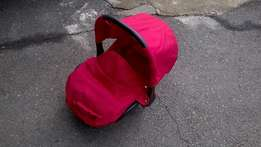 Carrycot for babies up to 12 months