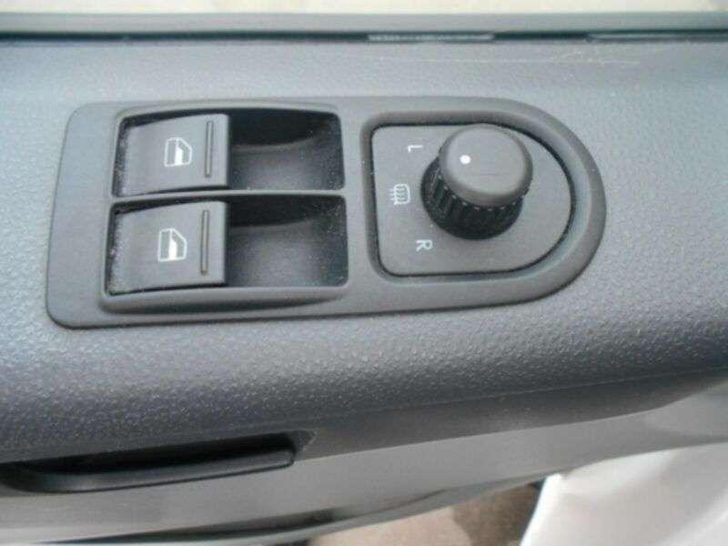Volkswagen Transporter 2.0 Tdi/Klima/Navi/Euro5b/151000Km! - 2014 - image 16