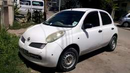 Nissan March; Price: 390k ono