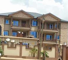 3 Bedrooms Apartment for rent at Ofankor
