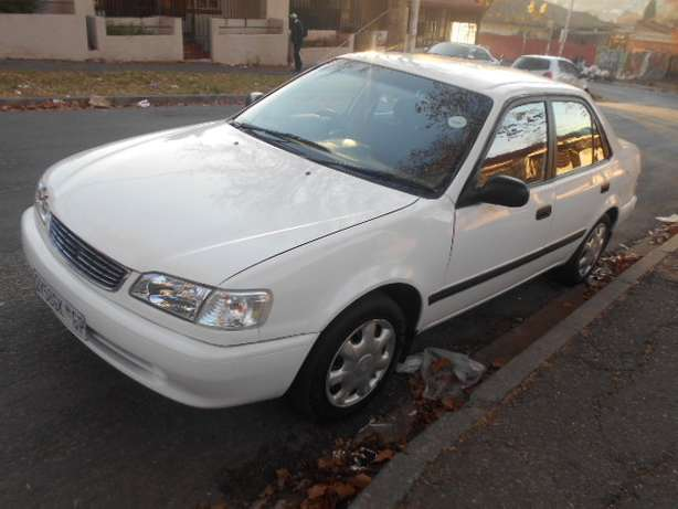 2001 White Toyota Corolla Crystal Lite 1.6 for sale Johannesburg - image 8