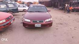Clean Toyota Camry drop light with sound engine and gear chilling A.C