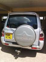 Mitsubishi Pajero Shogun DHD Diesel Leather interior well maintained f