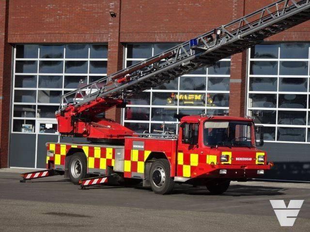 Magirus Fire department truck / ladder truck 30 Mtr - 1990