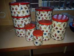 Set of 5 vintage nesting tins plus 3 matching cake tins