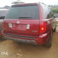 Extremely Clean Foreign Used Honda Pilot 2005
