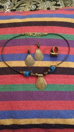 Sami Amin set (necklace, earring and a ring)