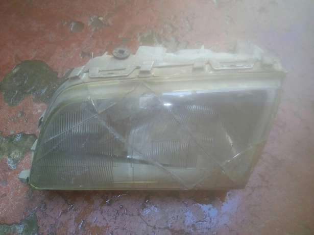 Mercedes w202 headlight housing City Centre - image 2
