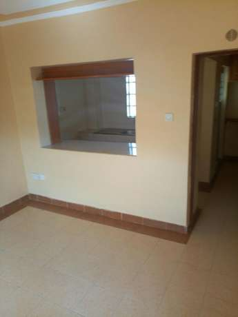 Executive Apartments on sale_located in banana hill road, fronting the main road Ruaka - image 4