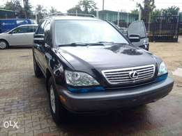 Direct tokumbo lexus rx300 model :2003 for sale