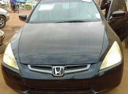 Honda Accord (2004)