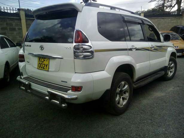 T/prado,kcf,auto,petrol,2.7litre,super clean.trade in okay! Karen - image 6