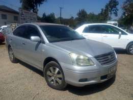 Toyota Premio YR2005. Well maintained