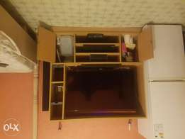 Tv/Home Theater Cabinet