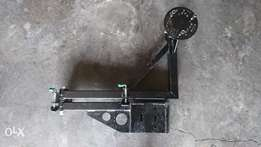 Towbar mounted spare wheel carrier