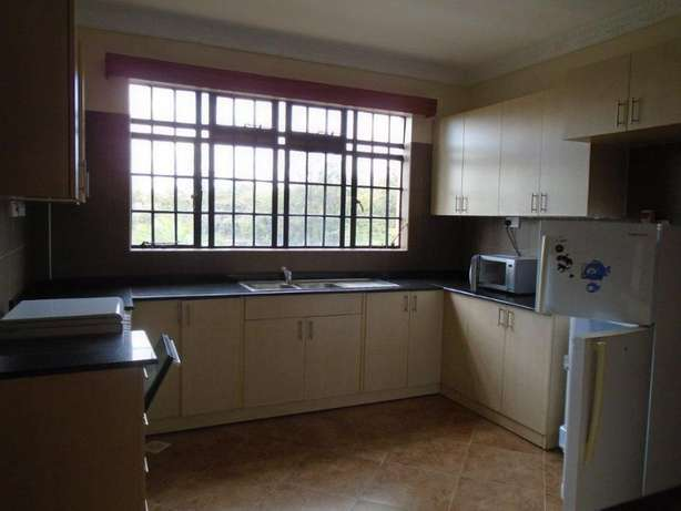 Exquisite 3 bedroom furnished and serviced apartments to let Nairobi CBD - image 3