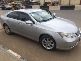 Mirror sharp 2008 Reg Lexus ES 350. Barely driven by a lady...