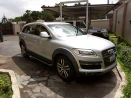 Clean 2008 Audi Q7 Quattro for sale