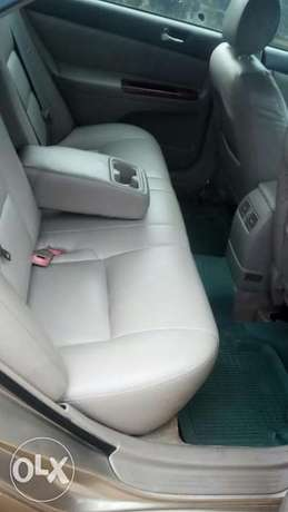 Direct 2005 Toyota Camry available for sell Warri South - image 8