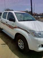 Almost Toks 2011 Toyota Hilux